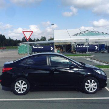 Hyundai_Solaris_Black_AT